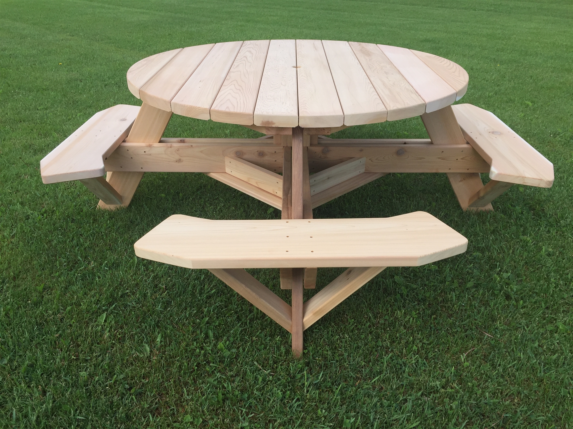 How To Make A Round Picnic Table With Seats, Edit… | Carline Mclamb