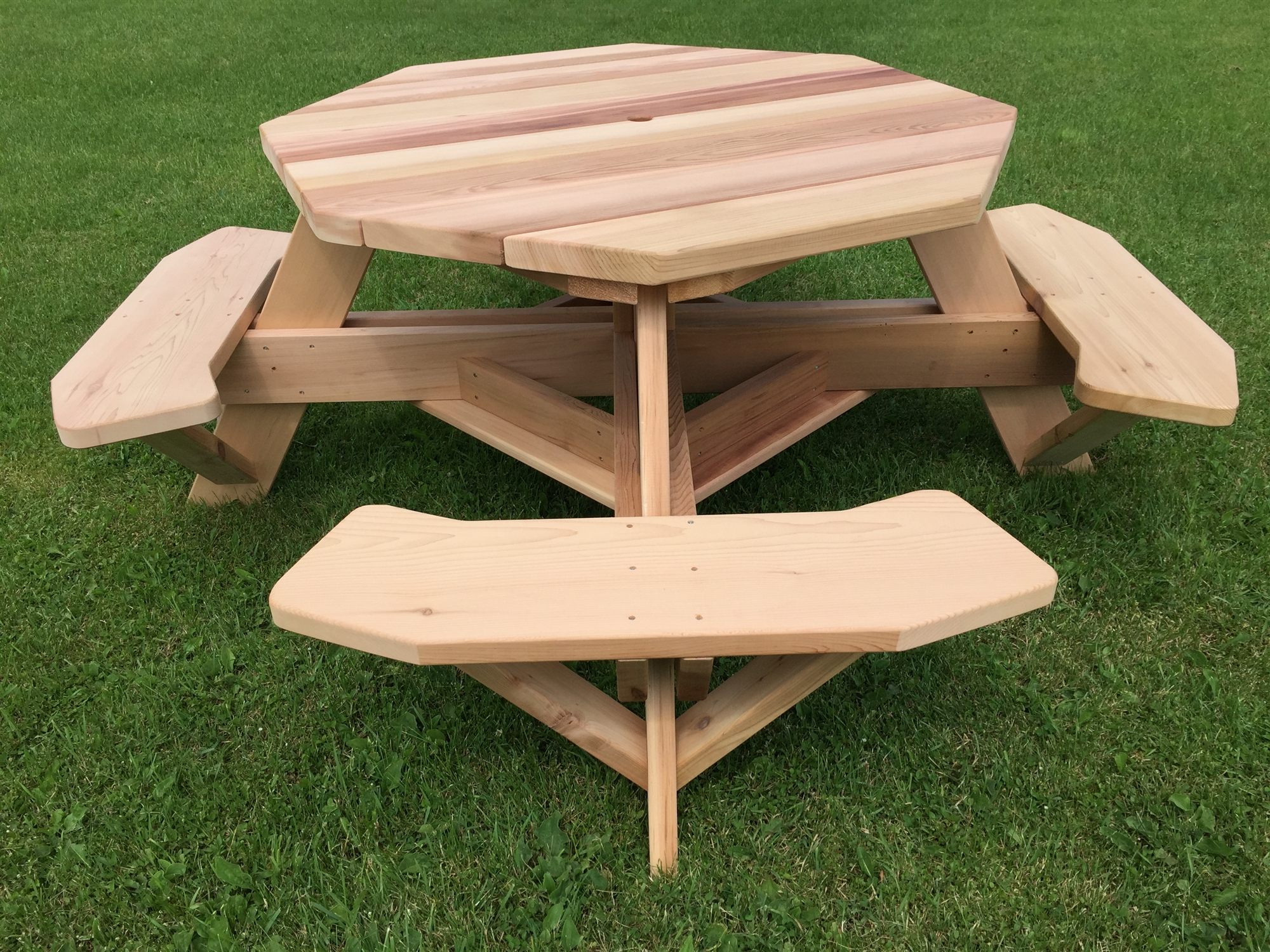 Western Red Cedar Octagon Picnic Tables For Backyards Patios - Composite octagon picnic table