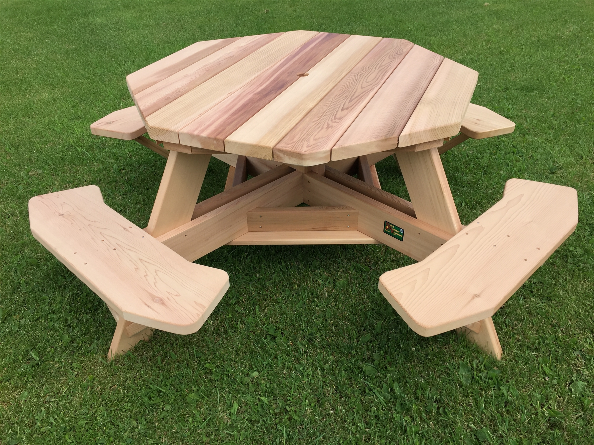49 Quot Western Red Cedar Octagon Picnic Tables For Backyards