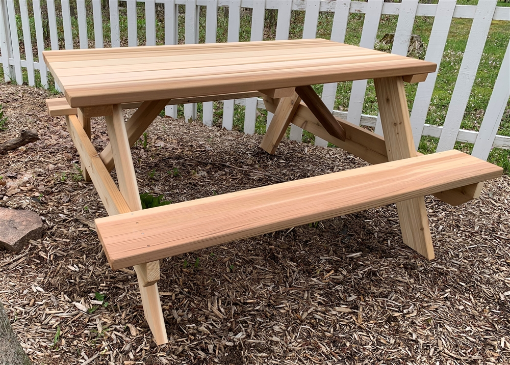 5' Master Picnic Table with Seats